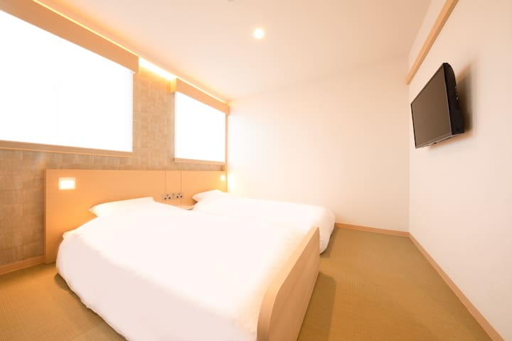 Namba Ebisu Hotel/ twin room