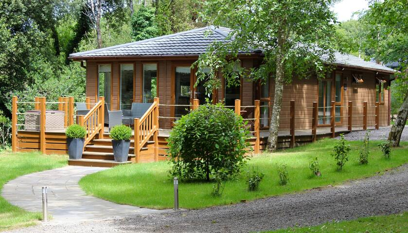 Oak Lodge - 2 bedroom - self-catering