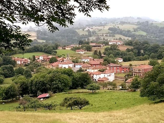 Casona de Miyares-La Figar