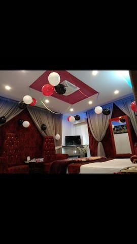 Royal Suite DHA LAhore (2 min from Airport)