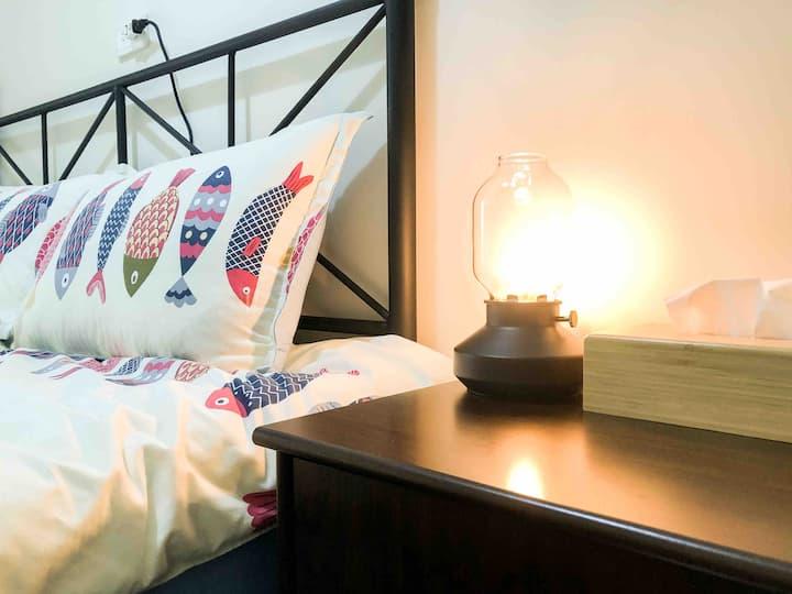 OROK【302】全新裝潢舒適雙人房/鄰近火車站和文化路夜市/Double/Nightmarket