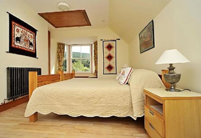 School House Ballater - Boutique B&B - Room 1