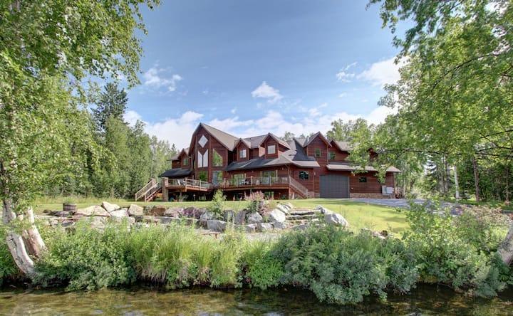 Alaska Lake Front Luxury