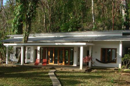 Casa completa en la histórica Bahía de Portobelo - Rumah