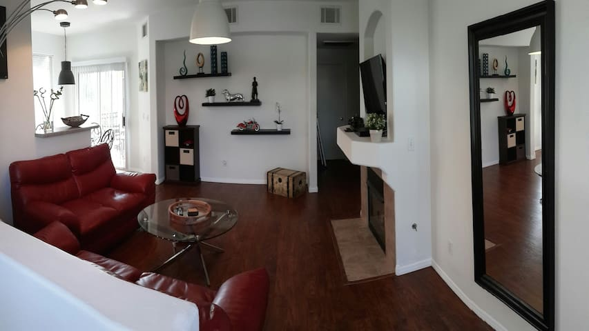 Beautiful 2 bedroom condo - Las Vegas - Leilighet