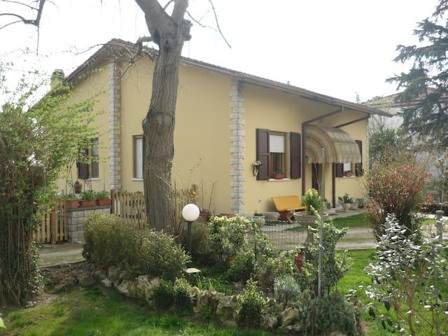 Casa di Igor - Casemurate - บ้าน