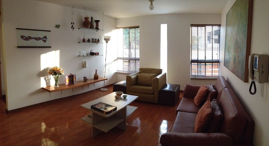 2 BD Flat for Executives La Molina - ลิมา