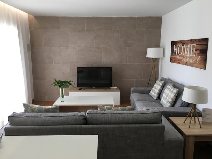 Moderno Apartamento de 2 Habitaciones