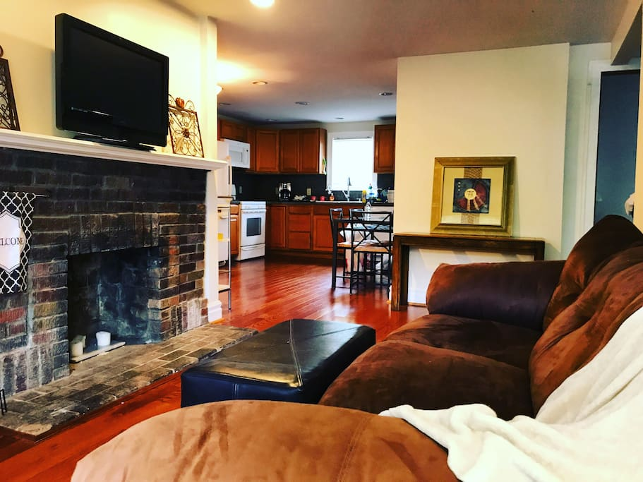3 Bedroom Near Uptown Lakes Moa The Airport Houses For Rent In Minneapolis Minnesota