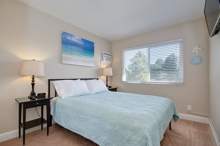 Queen Room in Vacation Rental. Near the Beach! - Dana Point - 아파트