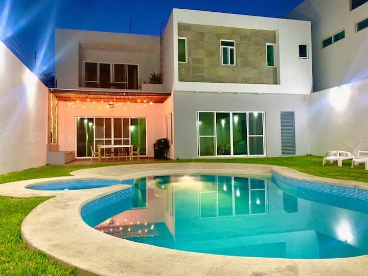 Hermosa Nueva Casa en Oaxtepec