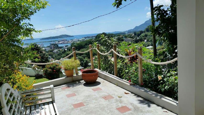 Wohnunh mit Ausblick im Insel Herz - Victoria - Leilighet