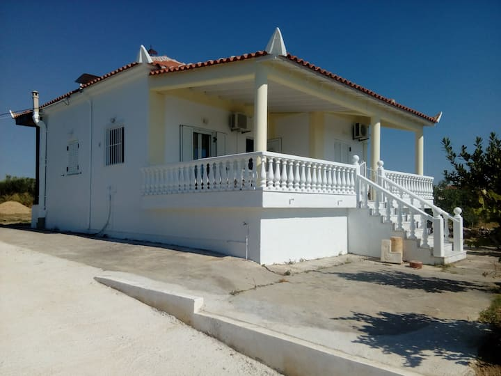 Marinis House εξοχική κατοικία στην Κορώνη