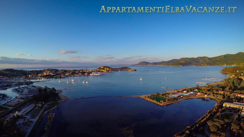 Villetta con giardino 7 posti letto 800mt dal mare - Portoferraio - House