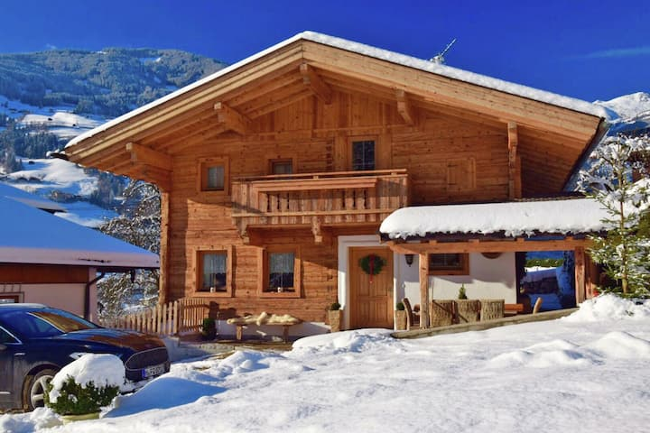 Luxury Chalet with Garden in Tyrol