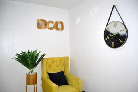 Luxurious 1bedroom well furnished apartment