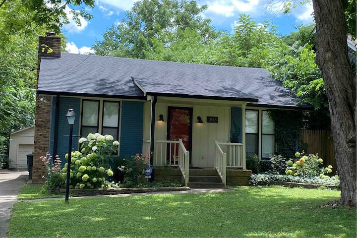 Blue Maple Cottage--Monthly Fully furnished Rental