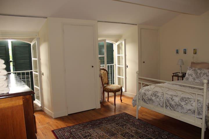 Chambres @ Maison Saint Jules (II) - Bram - Guest suite