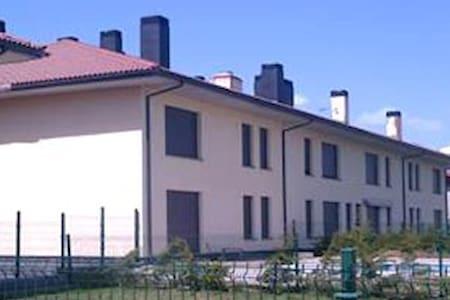 Apartamento en Puebla de Lillo