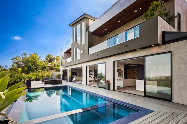 Luxury Bel Air Super Modern Mansion