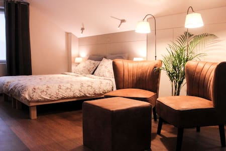 Rode Vlinder-kamer - Poperinge - Bed & Breakfast