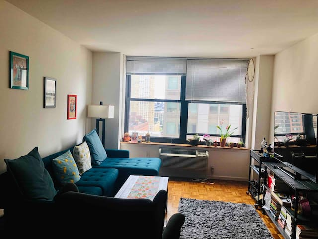 STEPS from NYC PATH, 1 bedroom cozy & spacious!