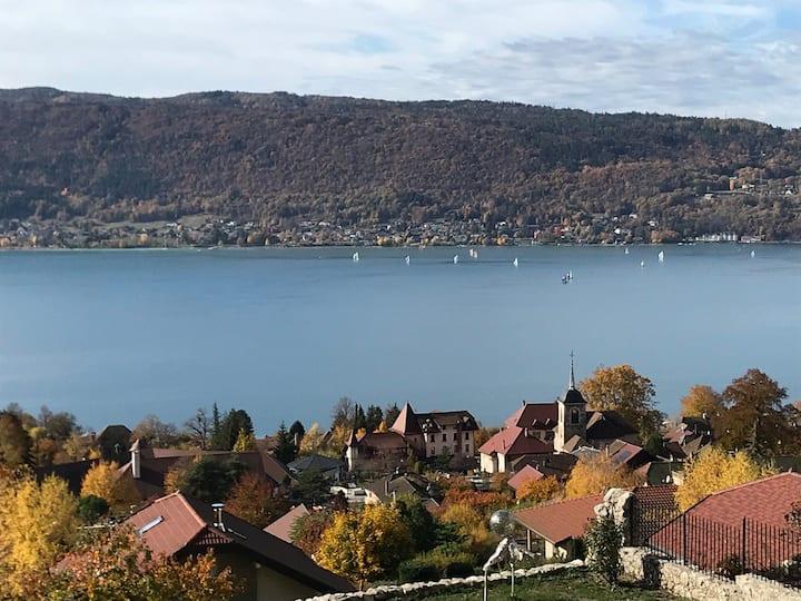 Un petit coin de paradis entre Lac et Montagne...
