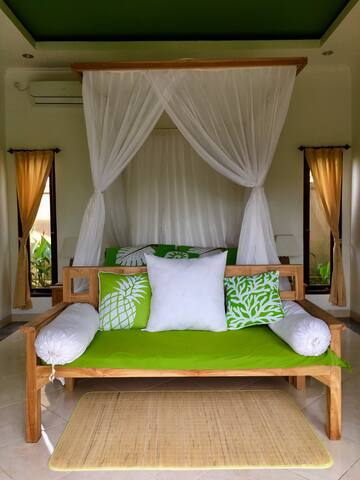 Private Suite in a Scenic Villa! - Junjungan - Haus