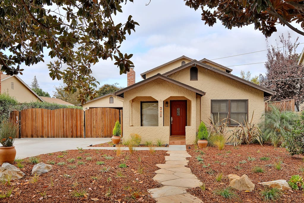 Charming 1940's single family home steps away from downtown Campbell. There is ample street parking or parking in the driveway. Guests share the front door and have exclusive use of the top floor of the house.