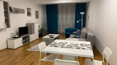Modern & Quiet Apartment in the City Center no.2