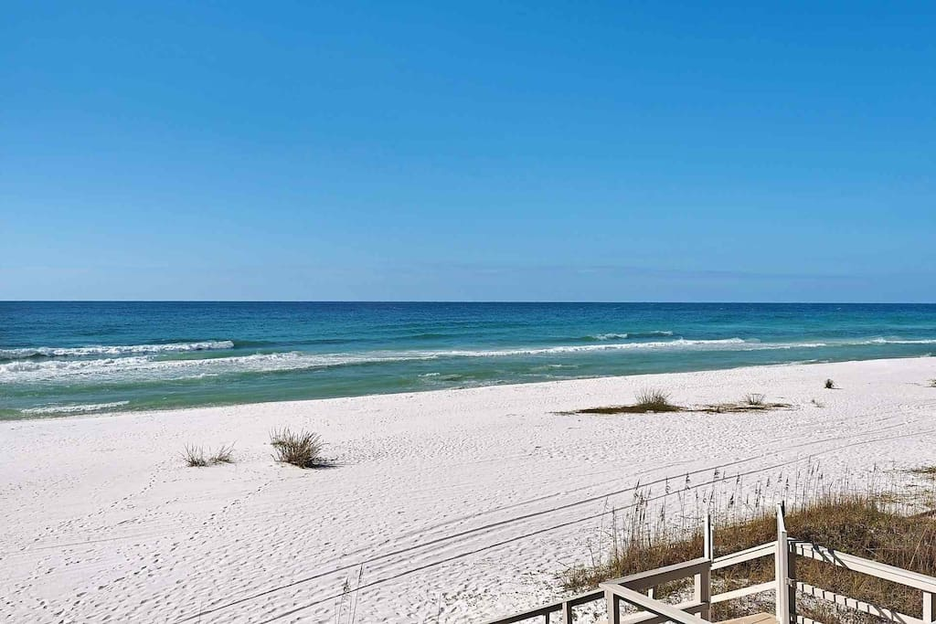 Enjoy the beautiful beaches that are a short stroll from the unit.