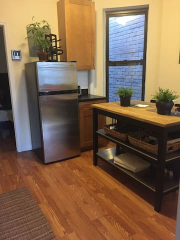 Upper East Side 1 bedroom near Central park