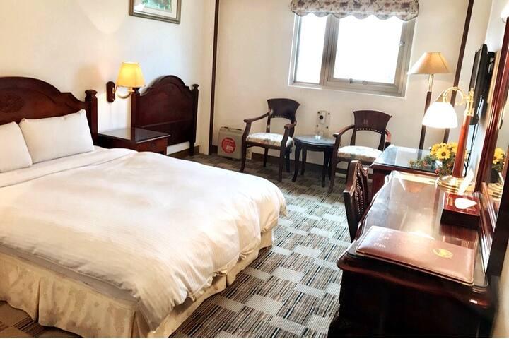 日升大飯店-標準雙人房 (附私人衛浴、早餐)