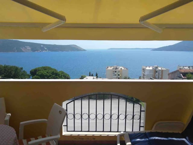 Herceg Novi Apartman-300m from the beach