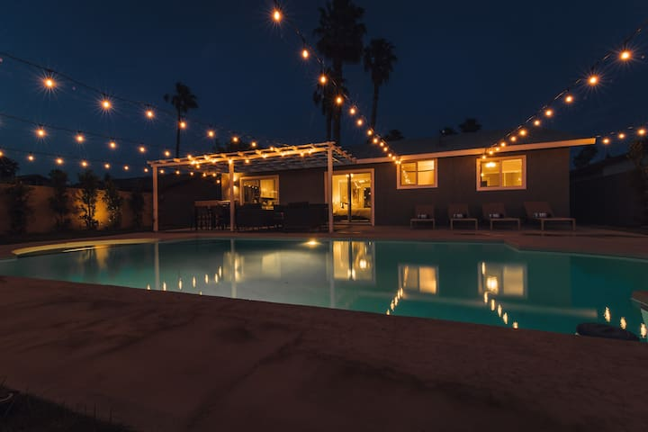 Three Palms: Desert Escape with Pool and Spa