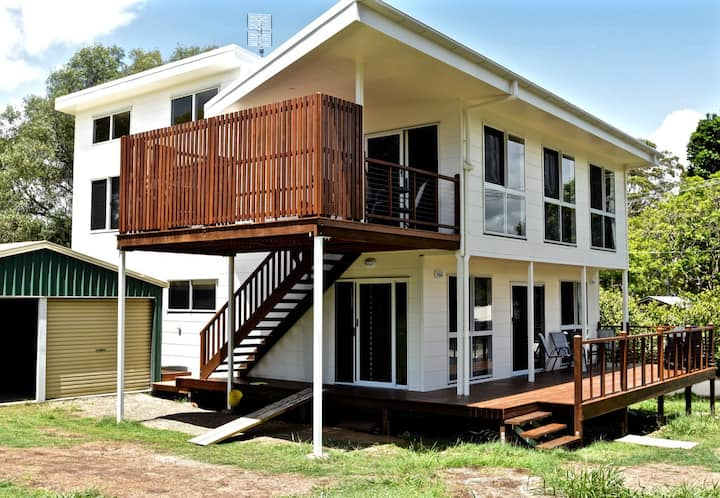 One Toolara Private Apartment Near The Lake
