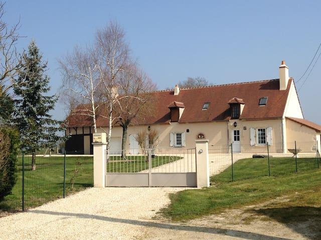 Les balcons d'ailleurs CENTREFRANCE - Méreau - Casa
