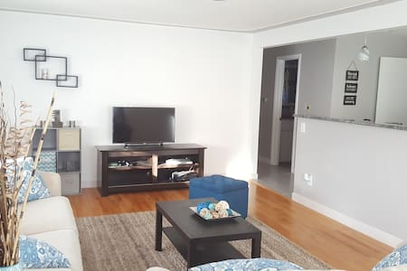 Cozy 2 Bedroom Duplex Near Downtown Denver - 麥嶺(Wheat Ridge)