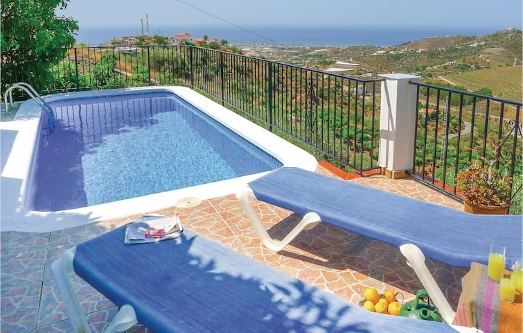 Holiday cottage with 3 bedrooms on 100 m² in Torrox, Málaga