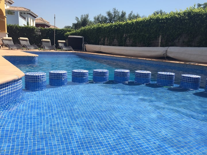 Refurbished 3 bed villa with private heated pool