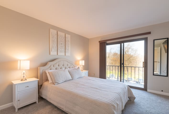 Climb up to the second floor to enjoy the comforts of two bedrooms with Queen Beds.