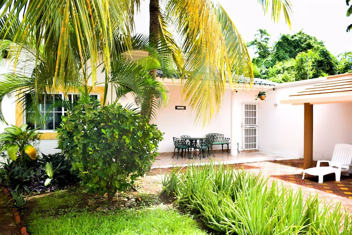 Cozy Private Villa with Pool, Garden & Palapa
