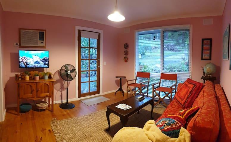 Sittingroom with views
