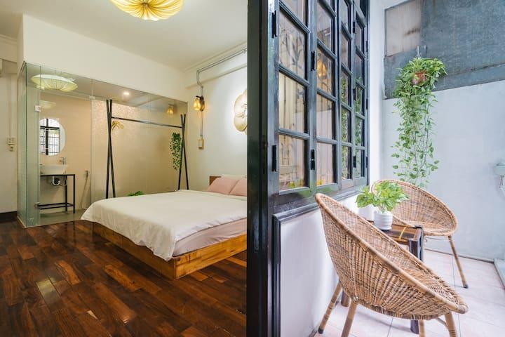 Green Balcony - Hanoian home in Central