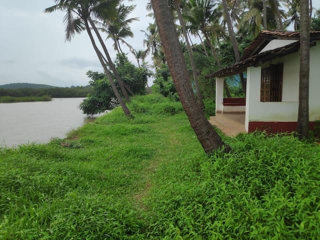 Waterfront village cottage