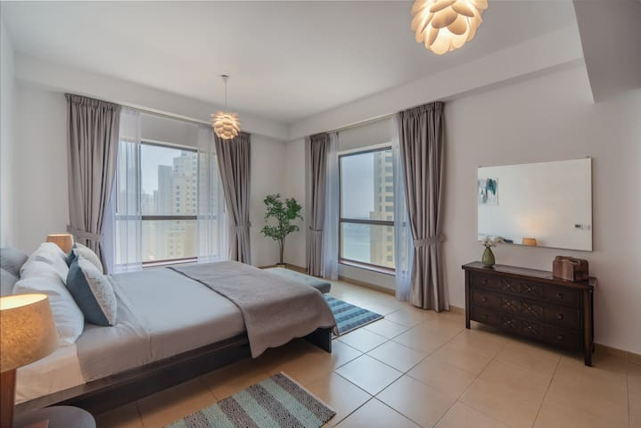 Lovely 2 bedroom apartment in JBR near the beach