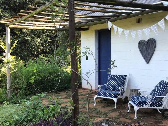River Goose Cottages : Camellia Cottage - Howick