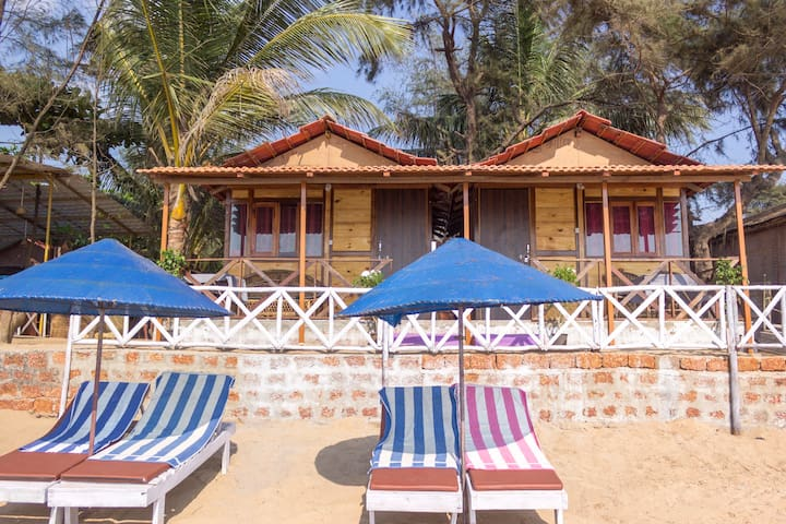 Sea Front Beach Huts Patnem
