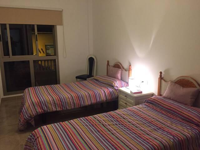 Room with evericing. - Los Abrigos - Inap sarapan