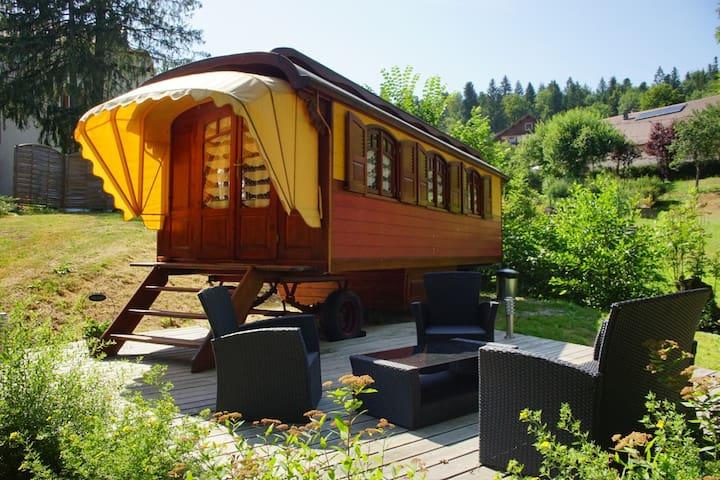 Roulotte de charme dans le Jura - Chaux-des-Crotenay - Andet